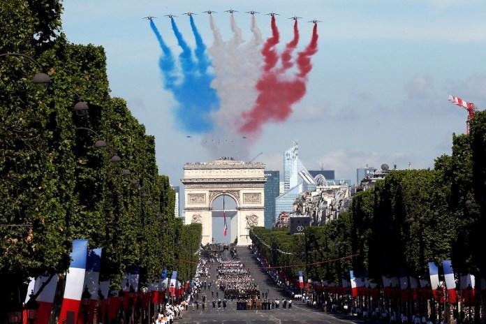 França anuncia criação de Força Espacial