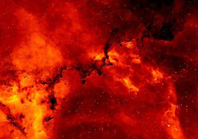 Uma força misteriosa está matando as grandes galáxias do Universo