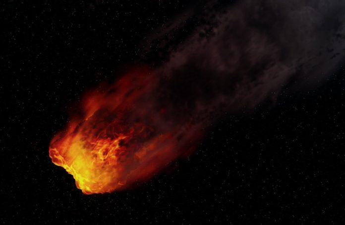 Bolas de fogo explodem nos céus do Mundo: Sul do Brasil e Norte da Europa