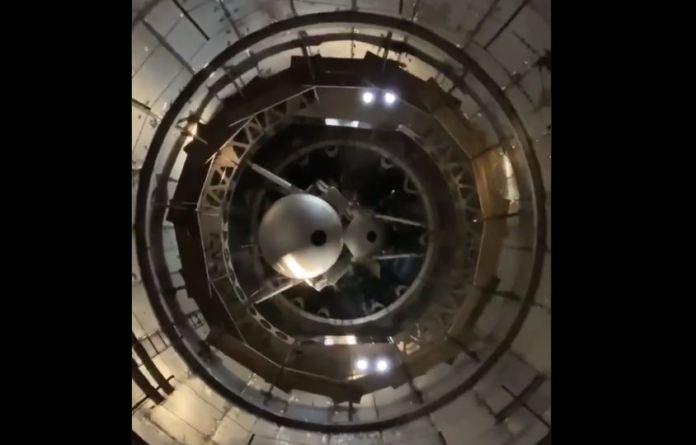 Elon Musk mostra interior de sua nave Starship