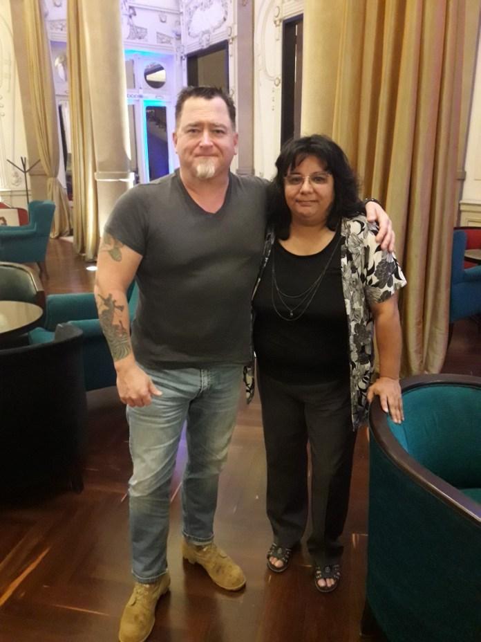 Andrea Simondini, membro do CEFORA, afirmou que Luis Elizondo recebeu fragmentos do OVNI do famoso evento brasileiro de Ubatuba.