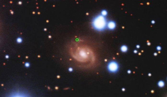 Mistério astronômico: Sinal do espaço vem de uma galáxia próxima
