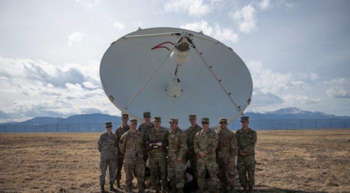 Força espacial dos EUA já tem sua primeira arma ofensiva