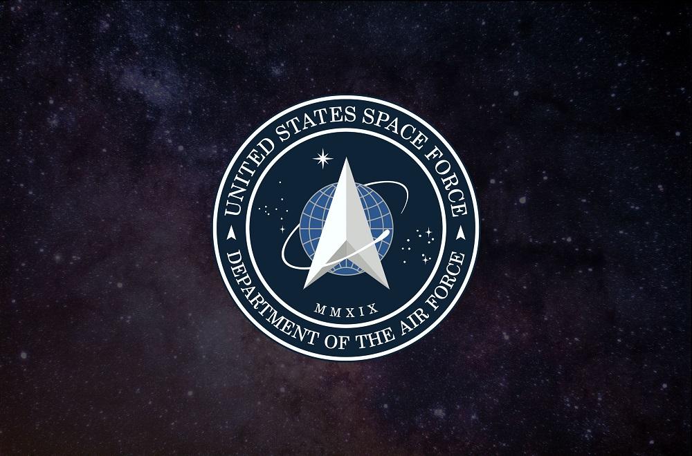 É lançado o primeiro satélite da Força Espacial dos EUA