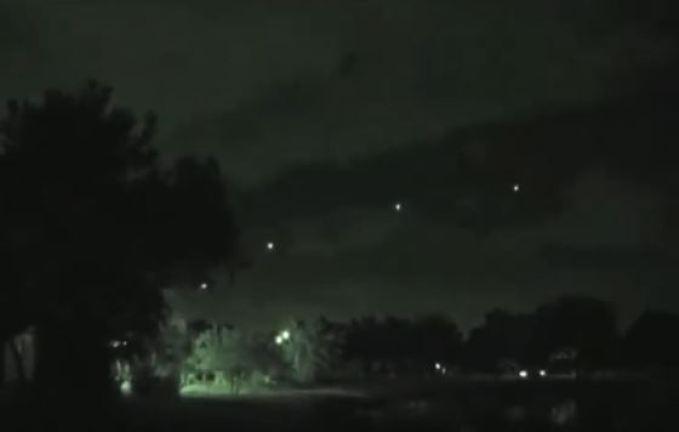 Luzes no céu de Nova Iorque não parecem ser satélites Starlink
