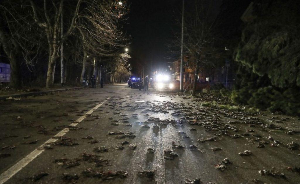 O medo na Europa, quando milhares de pássaros caem mortos do céu