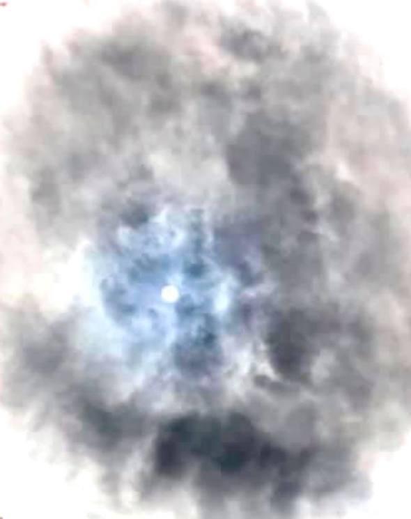 Nuvem estranha é fotografada no céu da Escócia