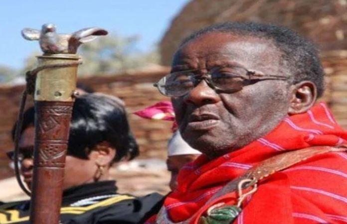 Dr. Credo Mutwa fala sobre os alienígenas Chitauris da África