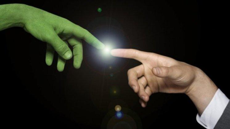 E se os extraterrestres quiserem ajudar, mas não formos humildes o suficiente?
