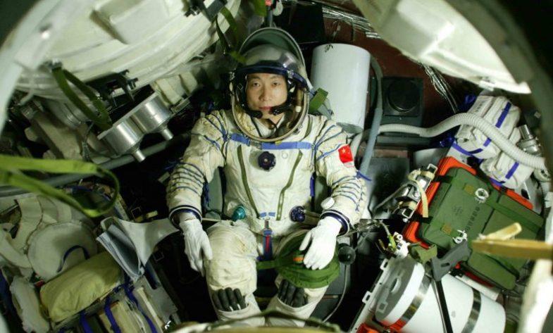 Astronauta chinês ouviu som misterioso de batidas no espaço