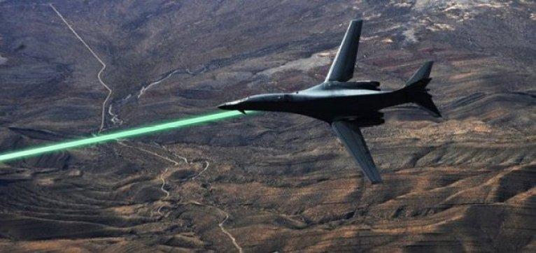 Força Aérea dos EUA vai equipar seus caças com armas laser