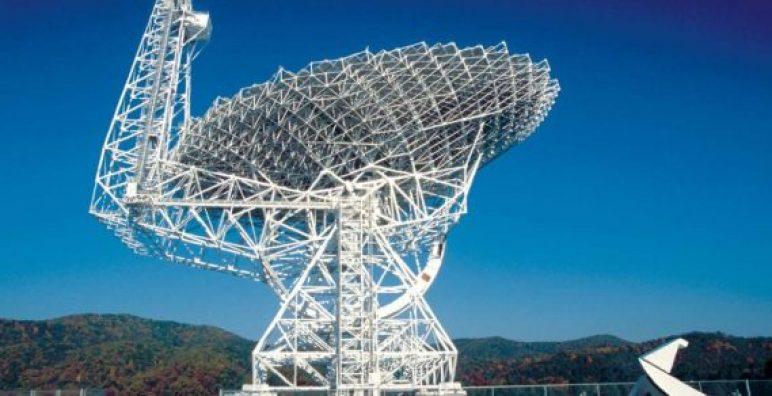 NASA encontra fonte de misteriosos sinais de rádio vindos do espaço