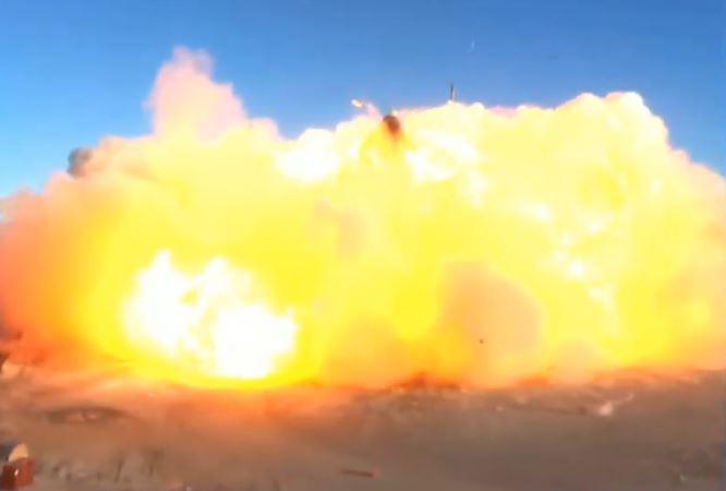 Starship explode ao pousar, mas no geral voo foi um sucesso
