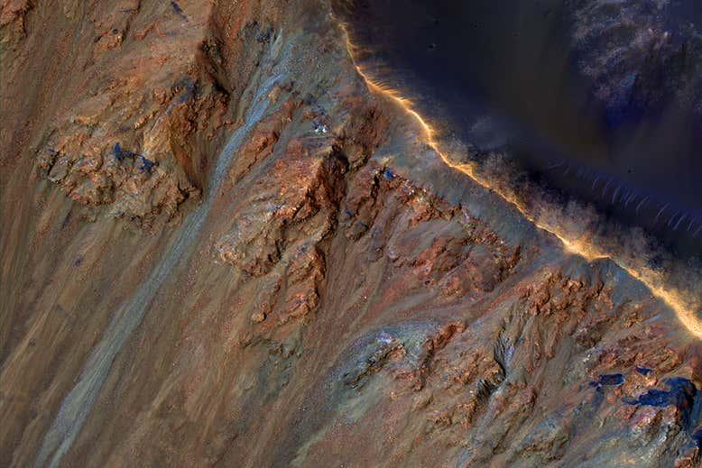 Deslizamentos em Marte pode ter química exótica