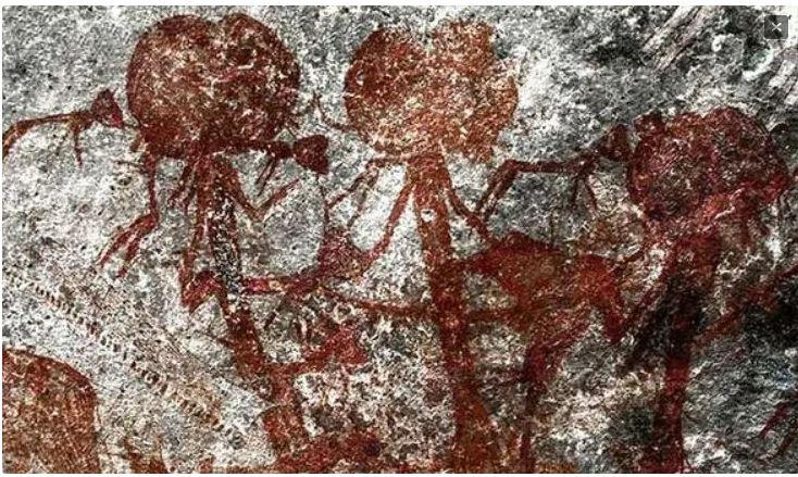 Petróglifos de humanoides de cabeça grande são encontrados na Tanzânia