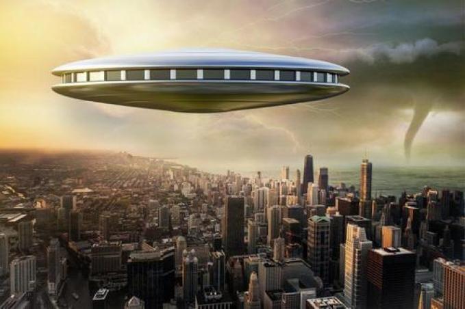 As recentes revelações de OVNIs nos preparam para um grande embuste?