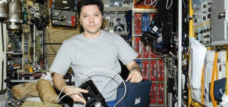 Cosmonauta permanece com a mente aberta sobre OVNIs