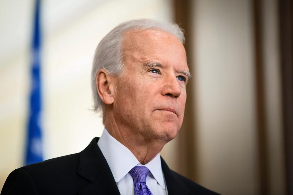 Biden é evasivo quando perguntado sobre OVNIs e deixa coletiva