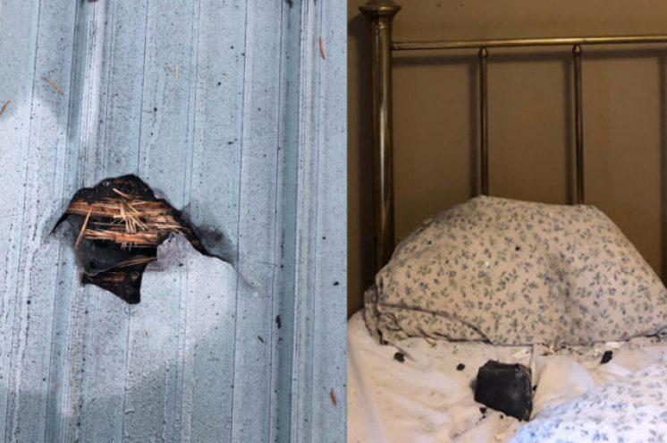 Mulher acorda com um buraco no telhado e um meteorito no travesseiro
