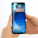 Samsung superó a Apple y es la número uno en celulares, pero ambas sienten la presión china