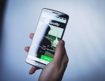 Spotify celular