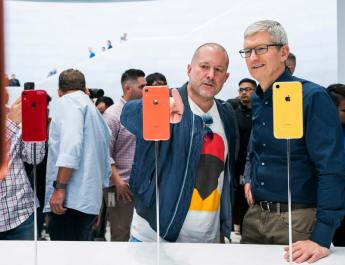 Jony Ive Tim Cook Apple