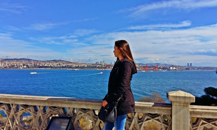SOLO FEMALE TRAVEL SAFETY TIPS