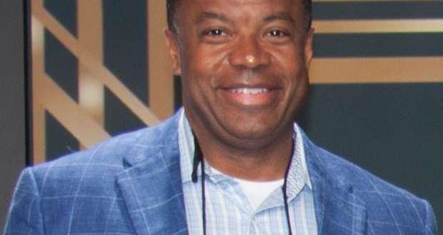 Portrait of Pearle Vision Licensed Owner Bill Noble