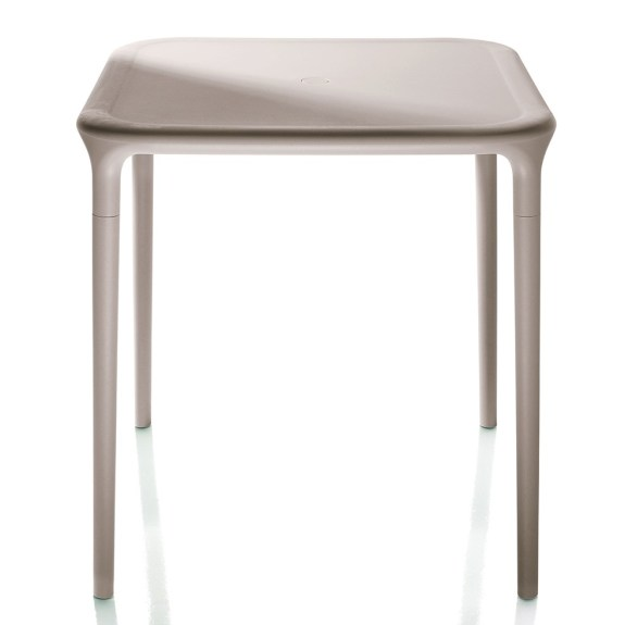 magis air table