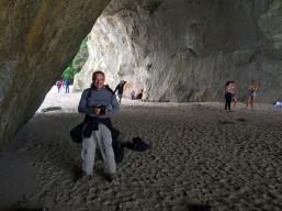Coromandel, Cathedral Cove Bay: In der Kathedrale und bereit für´s Fotoshooting