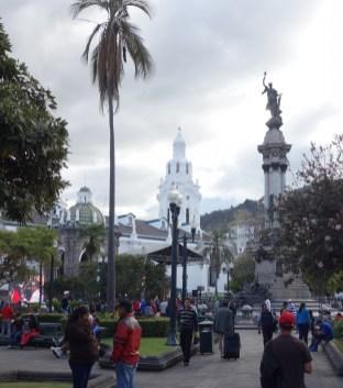 Placa Grande, das Zentrum der historischen Altstadt von Quito und Kirche El Sagrario