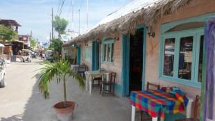 Mexico, Isla Holbox: Geschäftsstraße mit Karibikflair