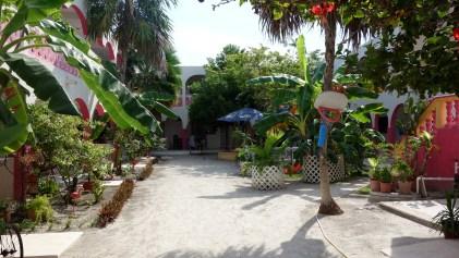 Mexico, Isla Holbox: Der Innenhof unseres Hotels Los Arcos direkt am Hauptplatz