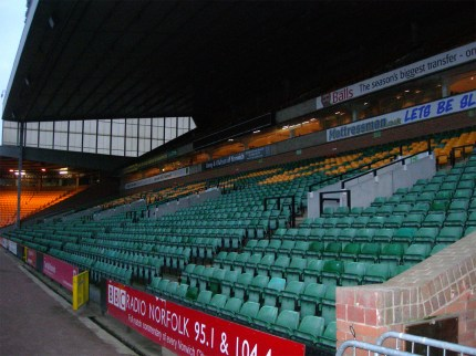 070130_Norwich_Wolves08