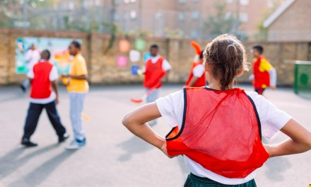 7 Questions to Ask Yourself Before Deciding to Become a Community Development Worker
