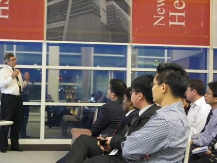 an_evening_talk_at_hsbc_6_20110324_1072815640