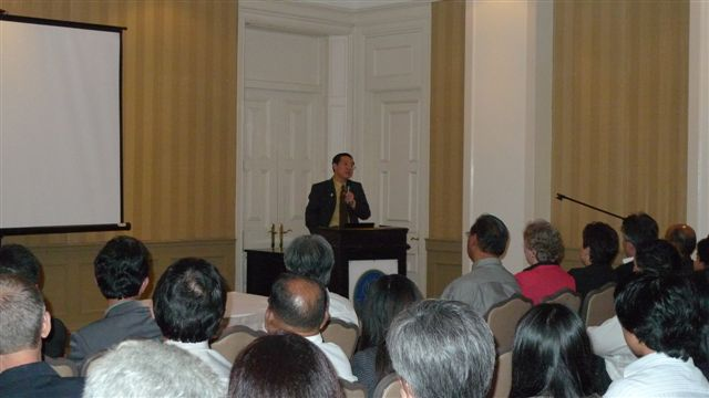 credit_suisse_dinner_dialogue_series_with_yab_lim_guan_eng_20101228_2091312402