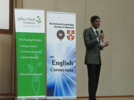 the_finals_of_the_oxbridge_malaysia_public_speaking_and_essay_competition_21_20110704_1974173897