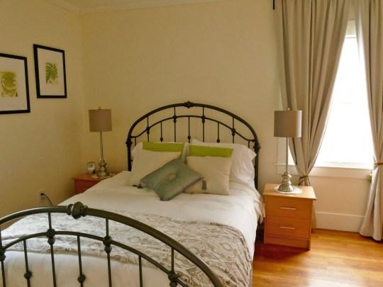 1701 one-bedroom apartment, Oxford Property Management, Berkeley CA
