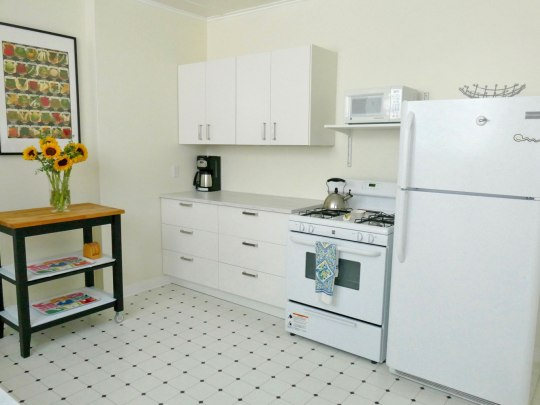 Kitchen, Apartment 2, Oxford Property Management, Berkeley CA