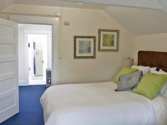 Penthouse apartment, Oxford Property Management Berkeley CA rental