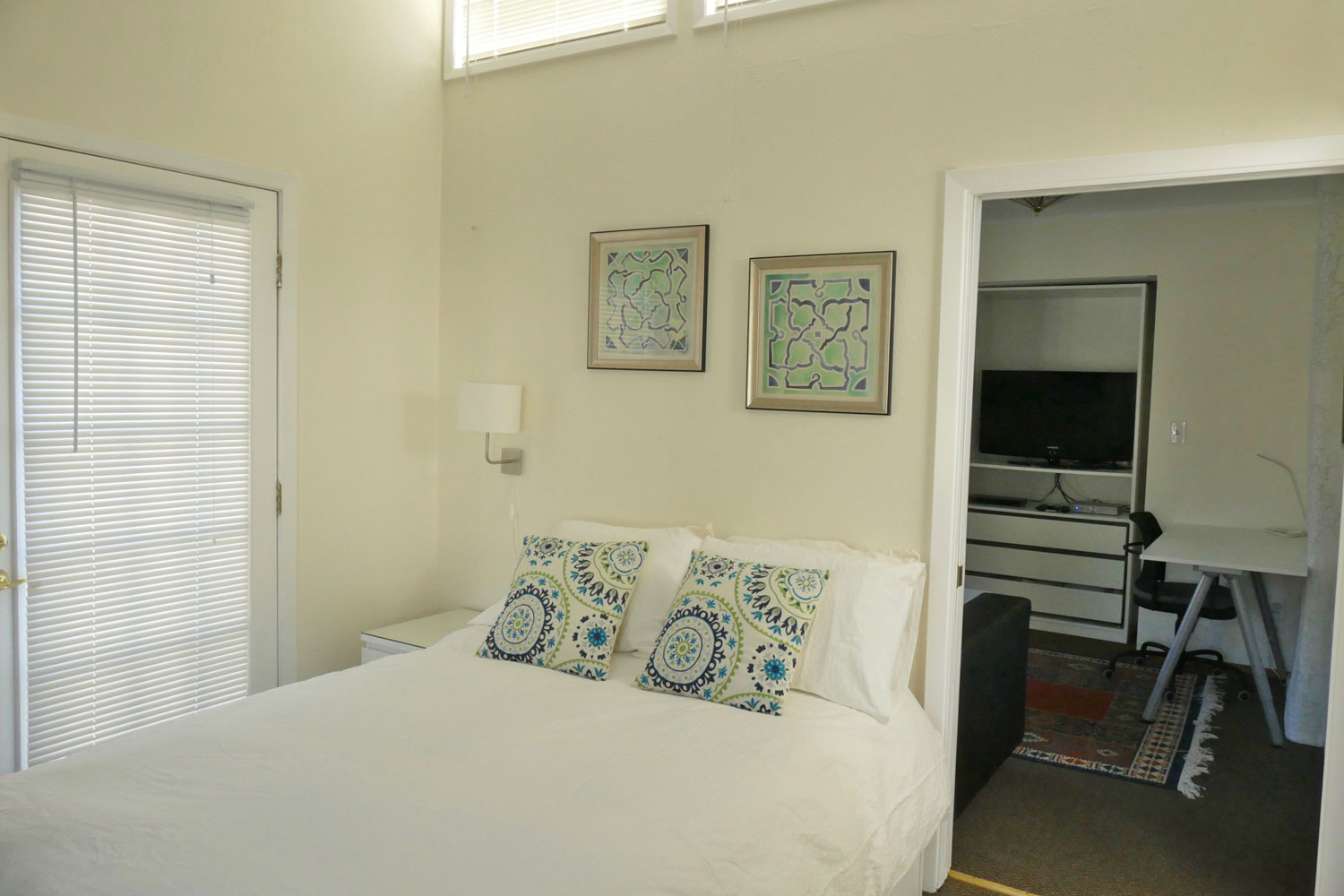 Furnished Apartment Rental | Oxford Apartments, Berkeley, CA