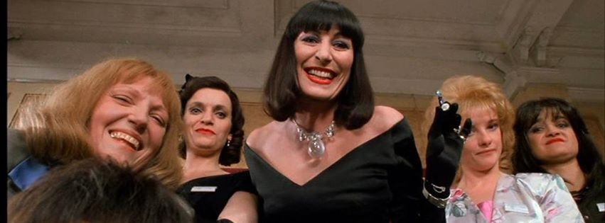 Anjelica Huston et al in The Witches