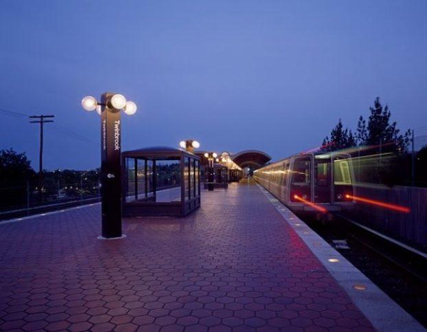 metro-station-398840_640