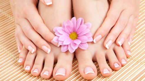 Featured-Image-Manicure-and-Pedicure.jpg