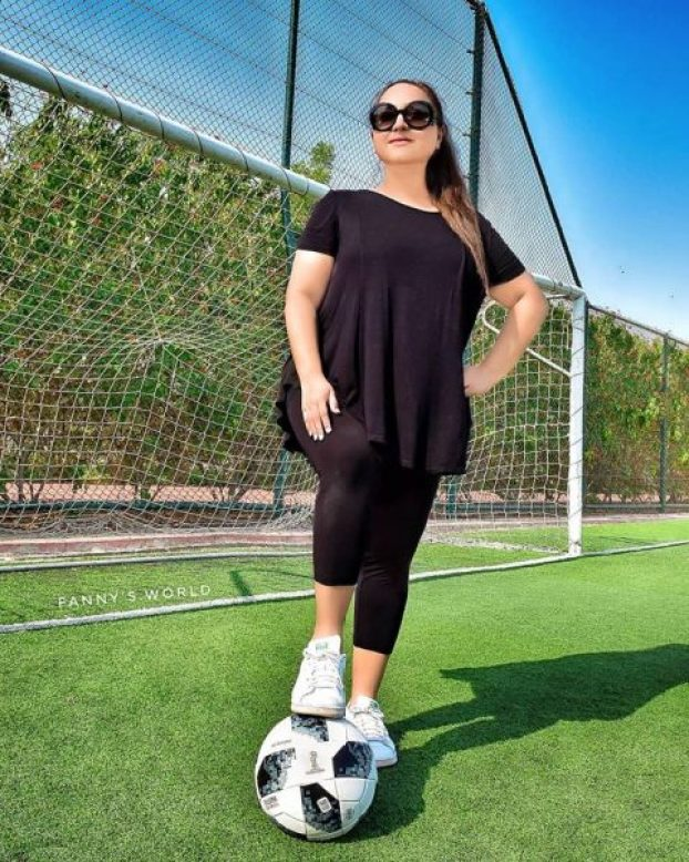 Fanny promoting football made n Pakistan.jpg