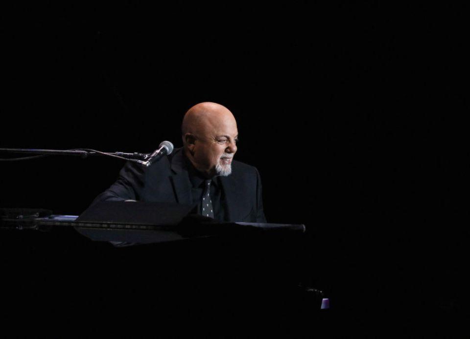 You're the piano man ¡Te llevamos al concierto de Billy Joel en el Foro Sol!
