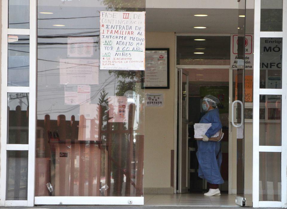 Don Jesús: El campesino que debe casi un millón de pesos al ISSEMyM por atender a su esposa con coronavirus