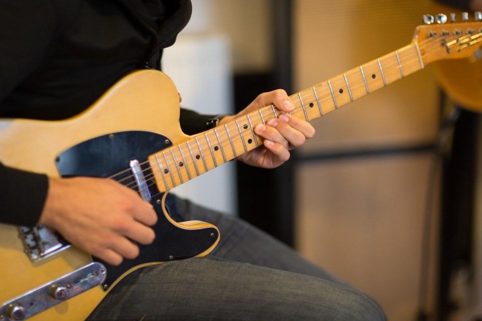 ¿No que el rock estaba muerto? Fender ha vendido más guitarras en 2020 que nunca en su historia