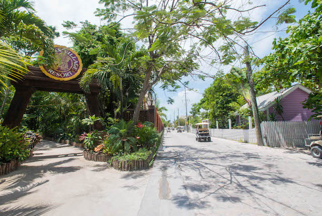 Entrance at the Ramon's Village Resort, Ambergris Caye, Belize/Oyster